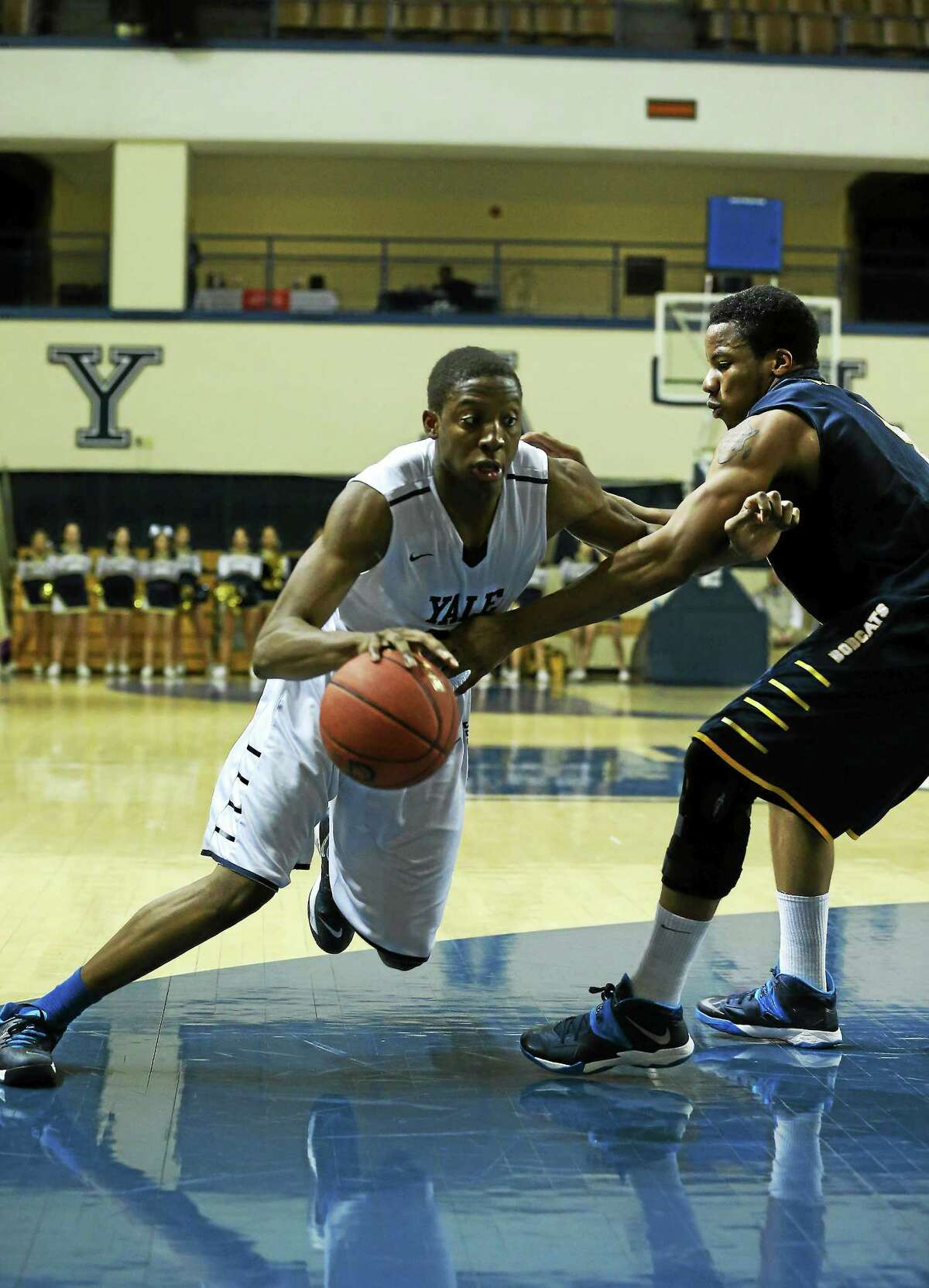 Yale junior Justin Sears knows the time is now for the Bulldogs to win the Ivy League title.