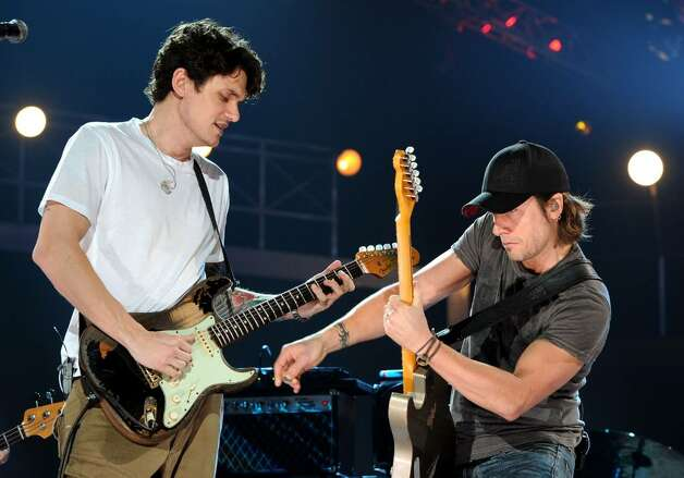 NASHVILLE, TN - JUNE 09:  (EXCLUSIVE) Musicians Keith Urban and John Mayer perform onstage during rehearsals for the 2010 CMT Music Awards at the Bridgestone Arena on June 9, 2010 in Nashville, Tennessee.  (Photo by Rick Diamond/Getty Images for CMT) *** Local Caption *** Keith Urban;John Mayer Photo: Rick Diamond, Getty Images For CMT / 2010 Getty Images