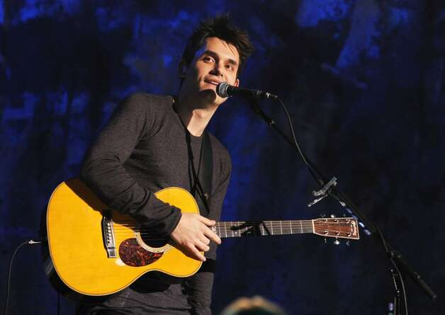 NEW YORK - DECEMBER 10: Musician John Mayer performs during Vh1 Storytellers at Steiner Studios on December 10, 2009 in New York City. (Photo by Theo Wargo/Getty Images For Vh1) *** Local Caption *** John Mayer Photo: Theo Wargo, Getty Images For Vh1 / 2009 Getty Images