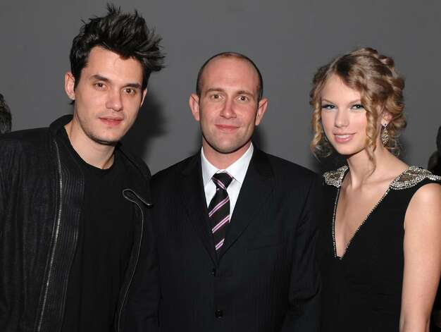 NEW YORK - DECEMBER 08: (L:-R) John Mayer, Rio Caraeff, President/CEO of VEVO and Taylor Swift attend the launch of VEVO, the world's premiere destination for premium music video and entertainment at Skylight Studio on December 8, 2009 in New York City.  (Photo by Dimitrios Kambouris/Getty Images for VEVO) *** Local Caption *** John Mayer;Rio Caraeff;Taylor Swift Photo: Dimitrios Kambouris, Getty Images For VEVO / 2009 Getty Images