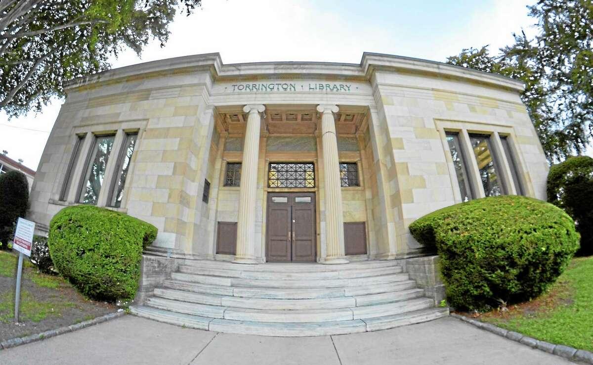 Torrington Library. ¬ John Berry - Register Citizen