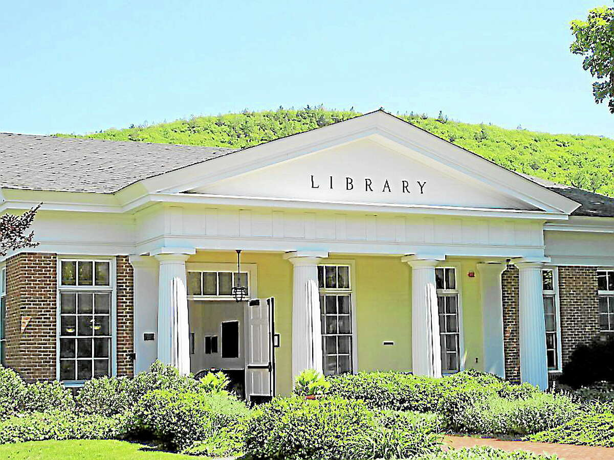 The Licia & Mason Beekley Community Library, located in the center of New Hartford.