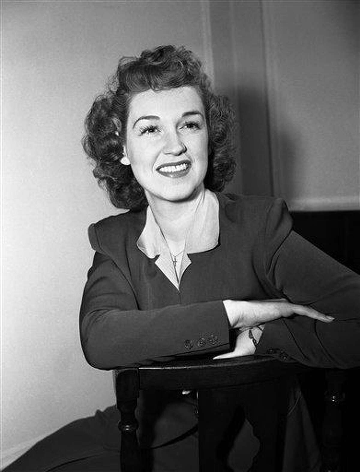 FILE - In this Jan. 11, 1943 file photo, mezzo-soprano Rise Stevens sits for a portrait in New York. Stevens, who sang with the Metropolitan Opera for more than 20 years spanning the 1940s and 1950s, died on Wednesday, March 20, 2013 at her Manhattan home. She was 99. (AP Photo, File)