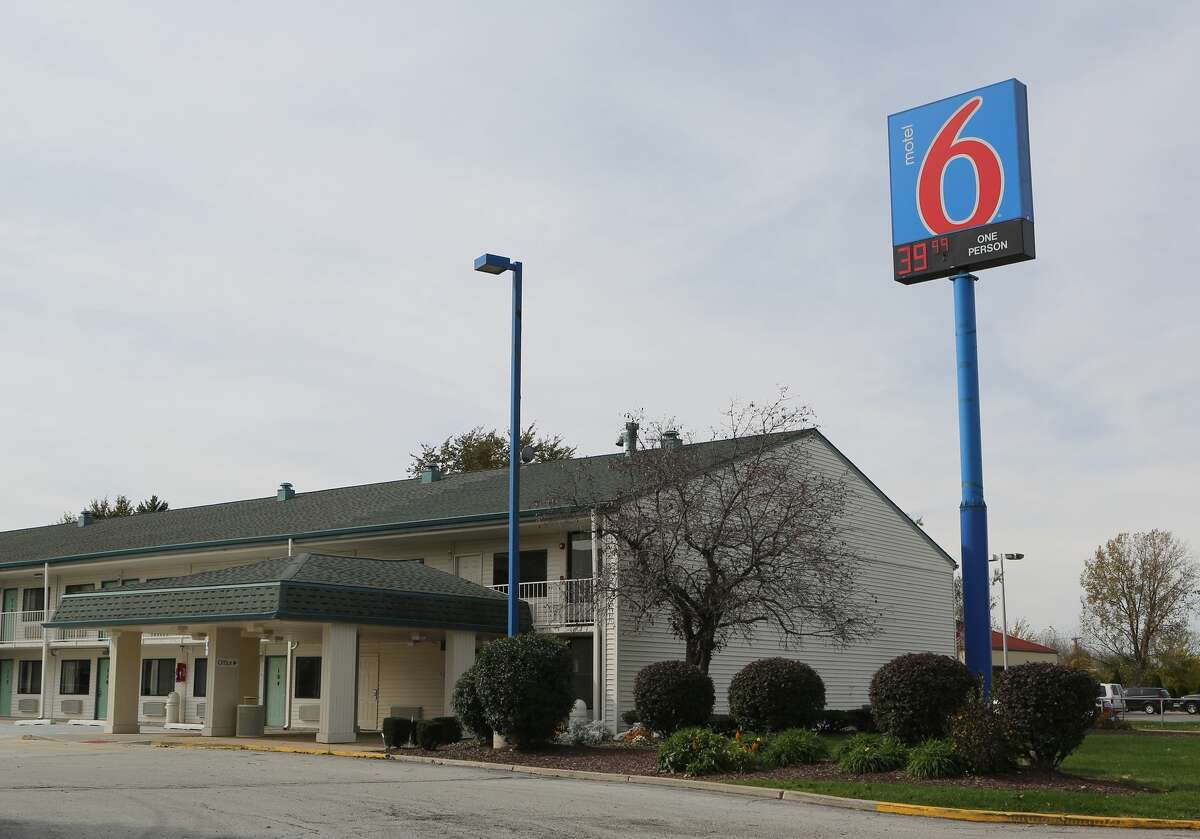 This Motel 6 in Hammond, Ind., is where the body of a woman was found . Police said Sunday, Oct. 19, 2014, that a 43-year-old man confessed to killing a woman whose body was found in the Motel 6 and told investigators where the bodies of three other women could be found in abandoned homes in Gary. The bodies of seven women have now been found in northwestern Indiana , authorities said Monday. (AP Photo/The Times, John J. Watkins)