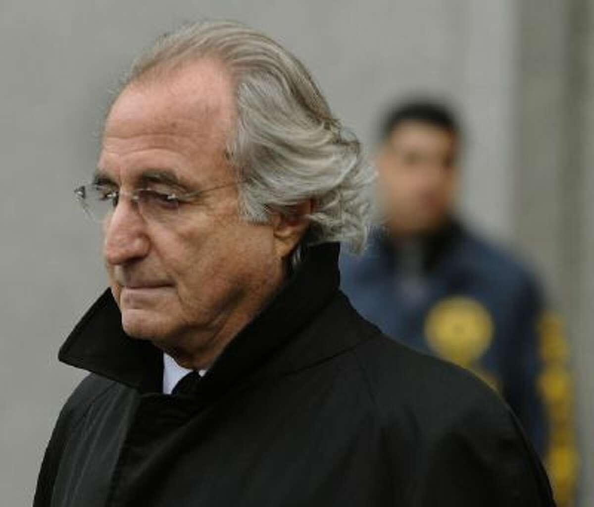 Bernard L. Madoff leaves US Federal Court Jan. 14, 2009.