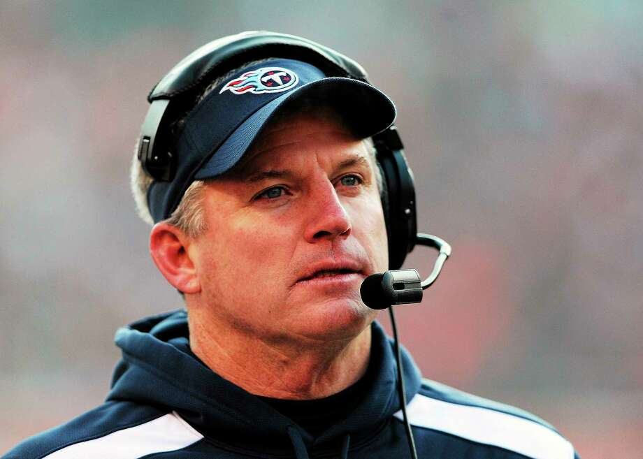 The Tennessee Titans have fired head coach Mike Munchak. Photo: Chris Schneider — The Associated Press  / CHRIS SCHNEIDER