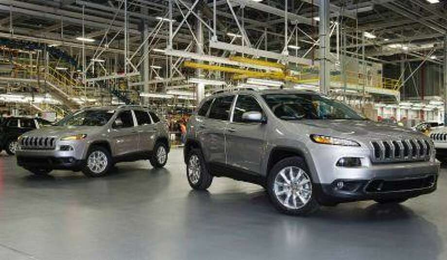 The launch of Chrysler Group LLC's new 2014 Jeep Cherokee is being delayed by a month to September to resolve calibration issues with the vehicle's new nine-speed transmission. (REUTERS/James Fassinger) Photo: James Fassinger / X03141
