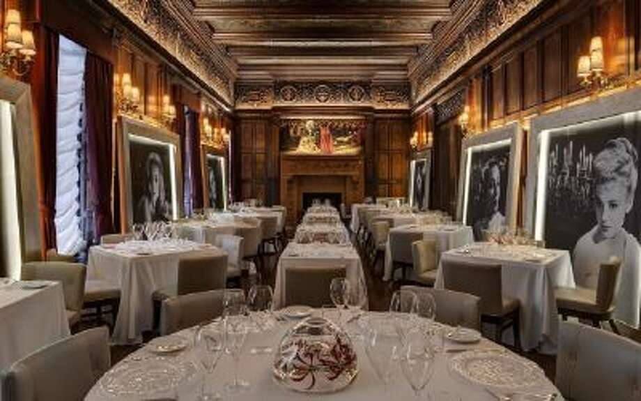 New York's Villard Michel Richard is luxuriously appointed. But Richard forgot to pack the whimsy.