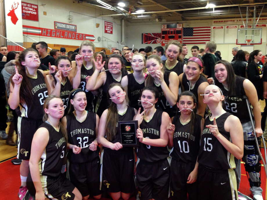The Thomaston Golden Bears defeated Lewis Mills 46-37 to win the Berkshire League Tournament title for the third straight year. Photo: Pete Paguaga — Register Citizen