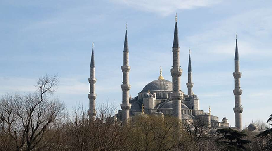 Istanbul is a fascinating city, with many points of interest, great food, a lively nightlife. (Greenwich Photography/Flickr)