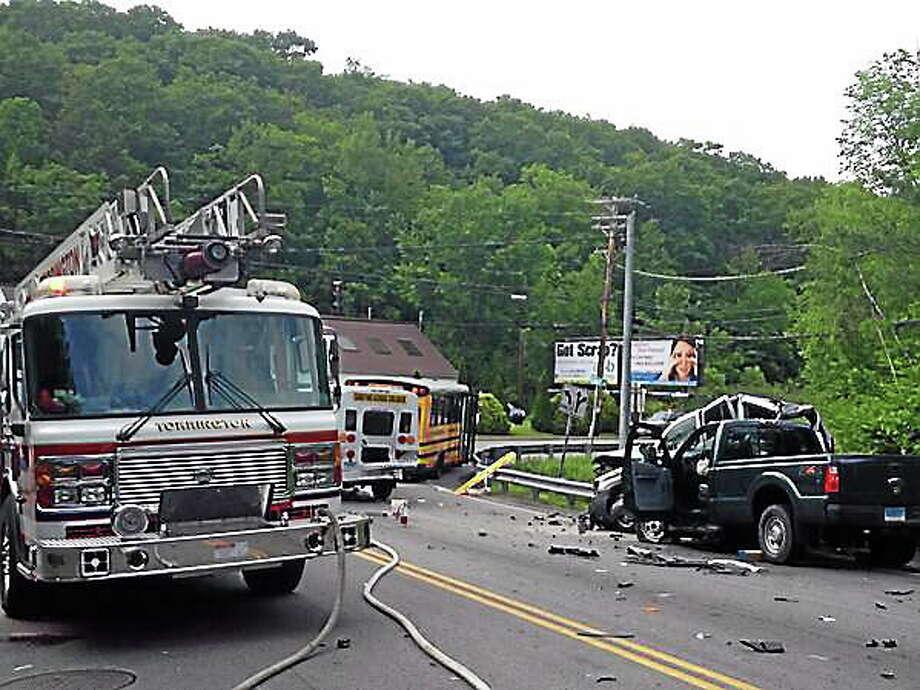 27 injured in 5-vehicle crash involving 2 school buses on