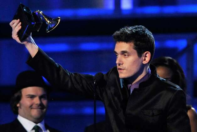 LOS ANGELES, CA - FEBRUARY 08:  Musician John Mayer accepts the Best Male Pop Vocal Performance award during the 51st Annual Grammy Awards held at the Staples Center on February 8, 2009 in Los Angeles, California.  (Photo by Kevin Winter/Getty Images) *** Local Caption *** John Mayer Photo: Kevin Winter, Getty Images / 2009 Getty Images