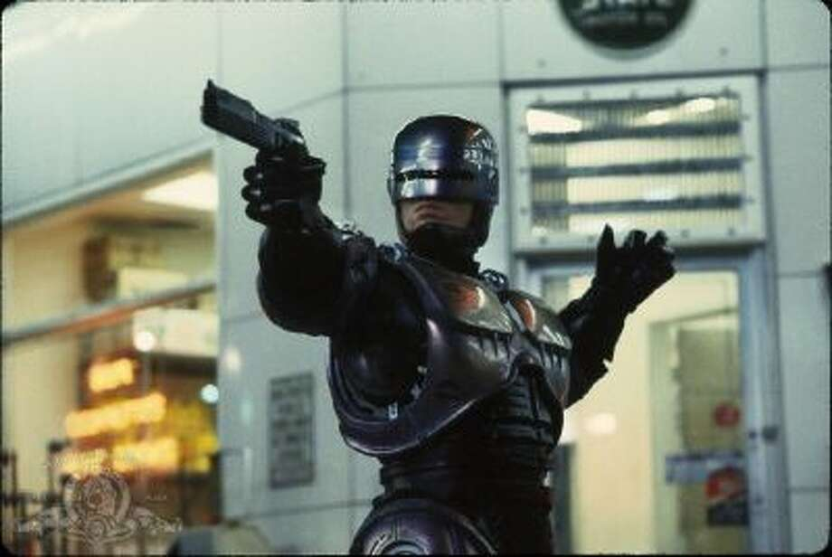 Still of Peter Weller in RoboCop (1987)