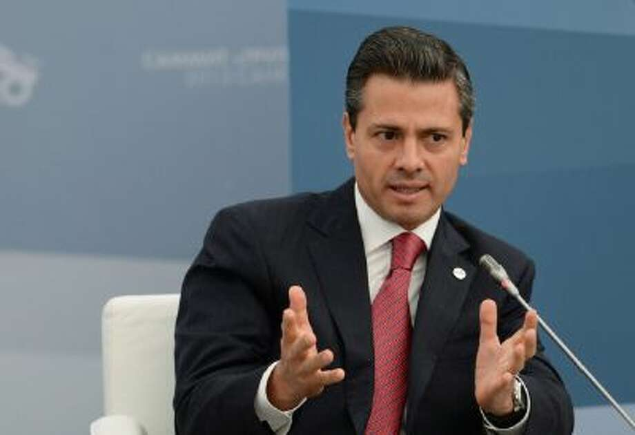 President of Mexico Enrique Pena Nieto attends a meeting with Business 20 and Labour 20 representatives at the G20 Summit on September 6, 2013 in St. Petersburg, Russia. Photo: Getty Images / 2013 Host Photo Agency