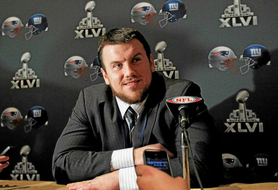 Giants guard Chris Snee is retiring because of a series of injuries. Snee met with the team Monday, then decided to end his NFL career after 10 seasons. Photo: The Associated Press File Photo  / AP