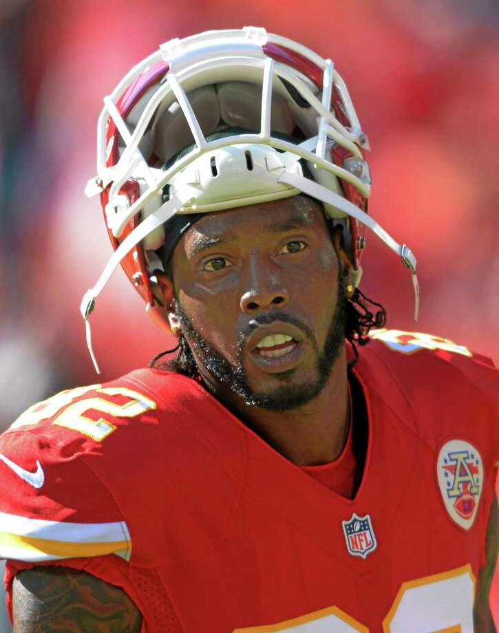 Chiefs wide receiver Dwayne Bowe was arrested outside Kansas City over the weekend on charges of speeding and possessing marijuana, authorities said Tuesday. Photo: Reed Hoffmann — The Associated Press  / FR48783 AP