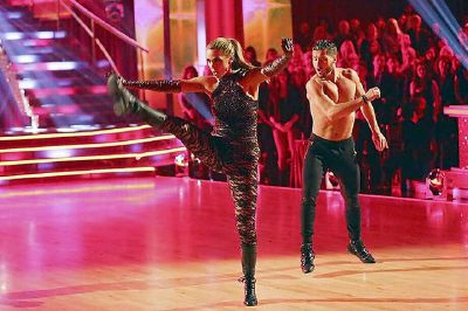 Elizabeth Berkeley Lauren and Val Chmerkovskiy perform during 'Dancing with the Stars' on Monday, Nov. 4, 2013. / © 2013 American Broadcasting Companies, Inc. All rights reserved.