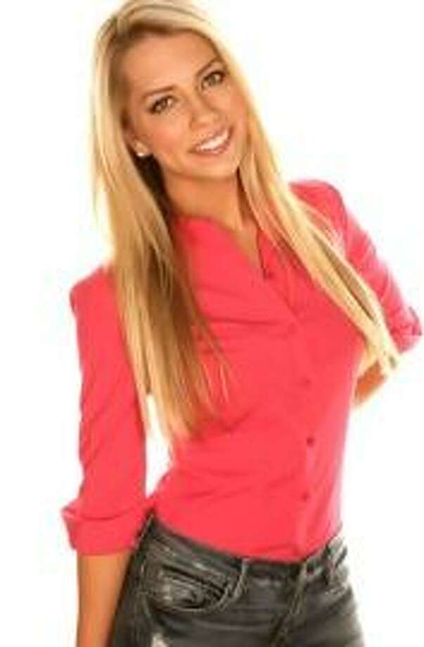 Lindsay McCormick, a sports broadcaster, will help host the fashion show at Torrington High School on April 11.