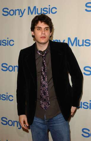BEVERLY HILLS, CA - FEBRUARY 8:  Singer John Mayer arrives at the Sony Music Entertainment Post-Grammy Party at Maple Drive Restaurant on February 8, 2004 in Beverly Hills, California.  (Photo by Amanda Edwards/Getty Images) Photo: Amanda Edwards, Getty Images / 2004 Getty Images
