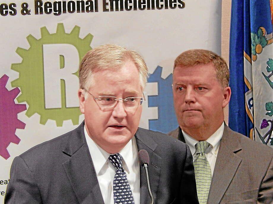 House Speaker J. Brendan Sharkey (left) and Rep. Tim Larson, D-East Hartford (right). Photo: CTMirror.org Photo
