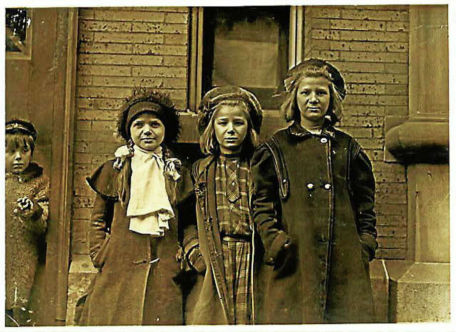 Bessie Brownstein (at left), 9-year-old newsgirl in Hartford, Connecticut, 1909. Photo: Lewis Hine—Library Of Congress Archives