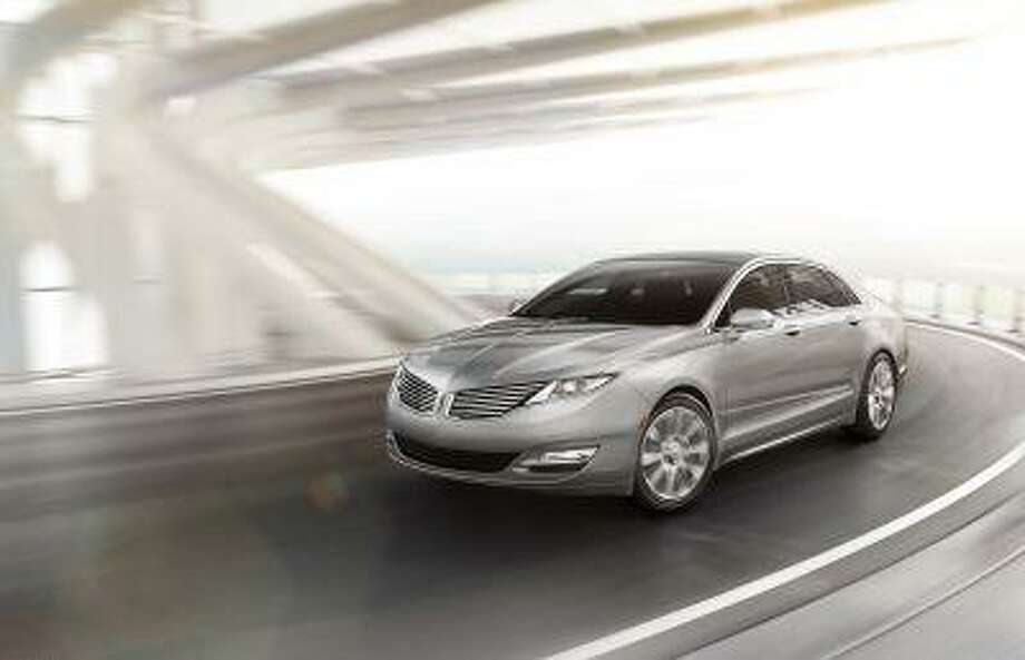 2013 Lincoln MKZ: The 2013 Lincoln MKZ is the first milestone vehicle for the all-new Lincoln brand created by the dedicated Lincoln team in its new Design Studio. (04/02/12) / Copyright 2012