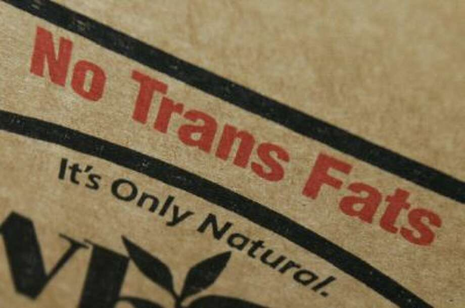 New York, UNITED STATES: A label on a box of soybean cooking oil says it contains no trans fats, 28 June 2007, at Katz's Delicatessen on the Lower East Side of Manhattan in New York. The Board of Health in New York city passed a law last year to ban artificial trans fats at restaurants that will take effect 01 July, the first city in the US to have such a law. AFP PHOTO/Stan HONDA (Photo credit should read STAN HONDA/AFP/Getty Images) Photo: AFP/Getty Images / 2007 AFP