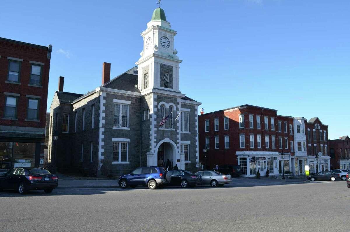 Litchfield Judicial District court. JOHN BERRY/REGISTER CITIZEN.