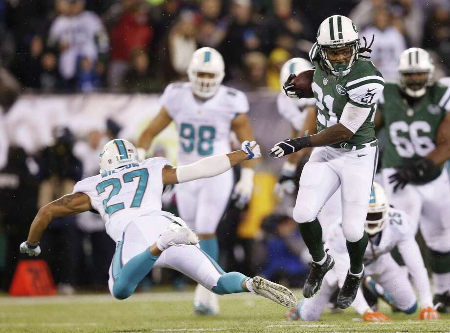Running back Chris Johnson makes his return to Tennessee Sunday when the New York Jets face the Titans. Photo: Kathy Willens — The Associated Press  / AP