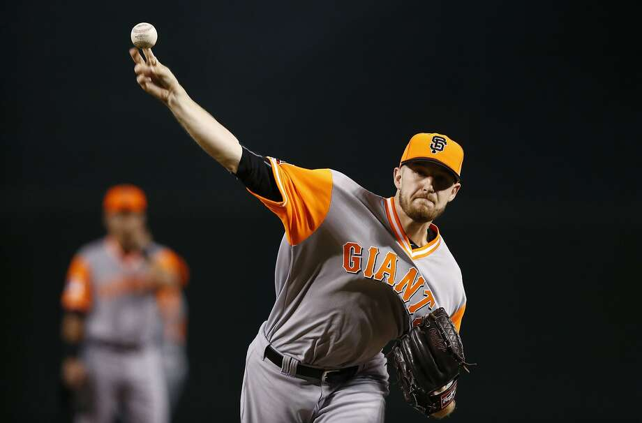 San Francisco Giants' Chris Stratton warms up during the first inning of a baseball game against the Arizona Diamondbacks, Sunday, Aug. 27, 2017, in Phoenix. (AP Photo/Ross D. Franklin) Photo: Ross D. Franklin, Associated Press