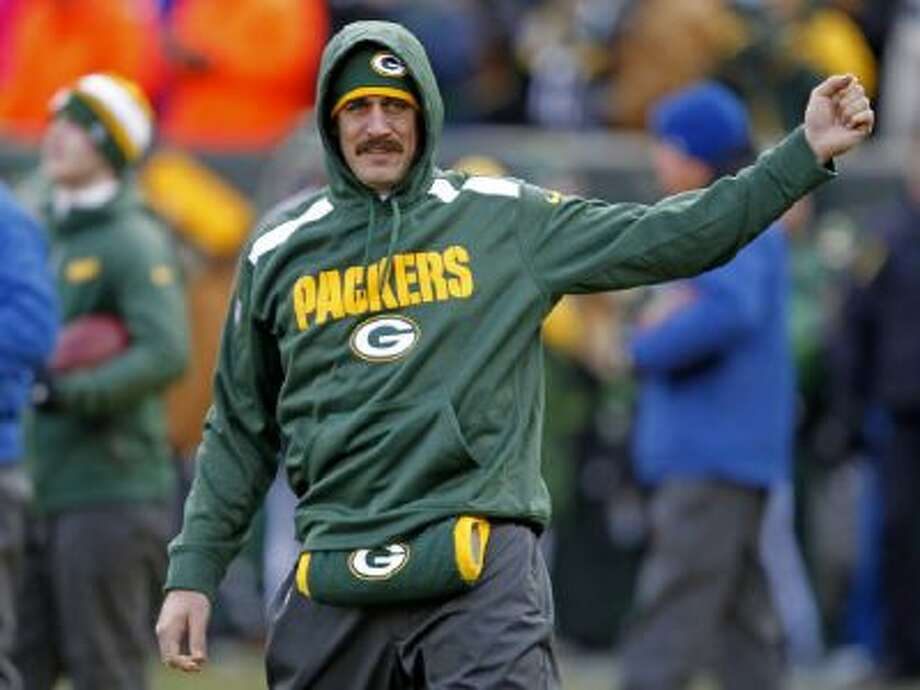 Aaron Rodgers will return Sunday against the Chicago Bears with the NFC North Division title on the line.
