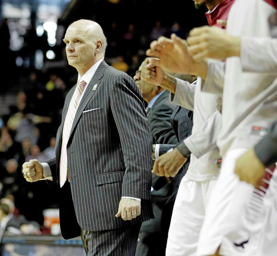 Saint Joseph head coach Phil Martelli. Photo: Seth Wenig — The Associated Press  / AP