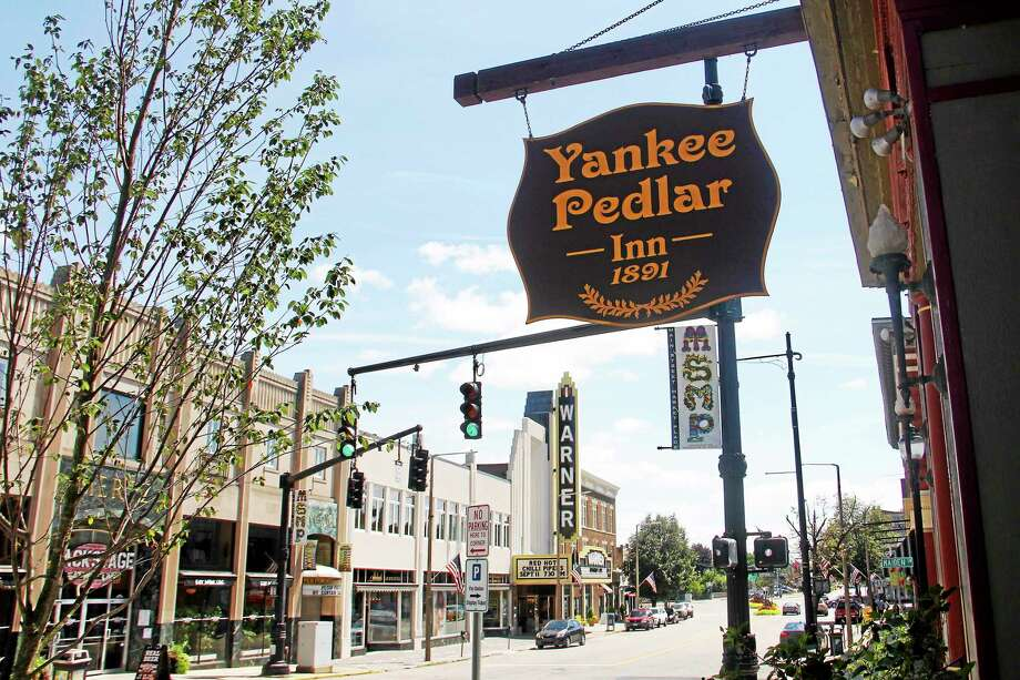 Outside the Yankee Pedlar Inn on Monday in Torrington. The hotel is set to be purchased by a hospitality management company from Massachusetts this week. Photo: Esteban L. Hernandez — The Register Citizen