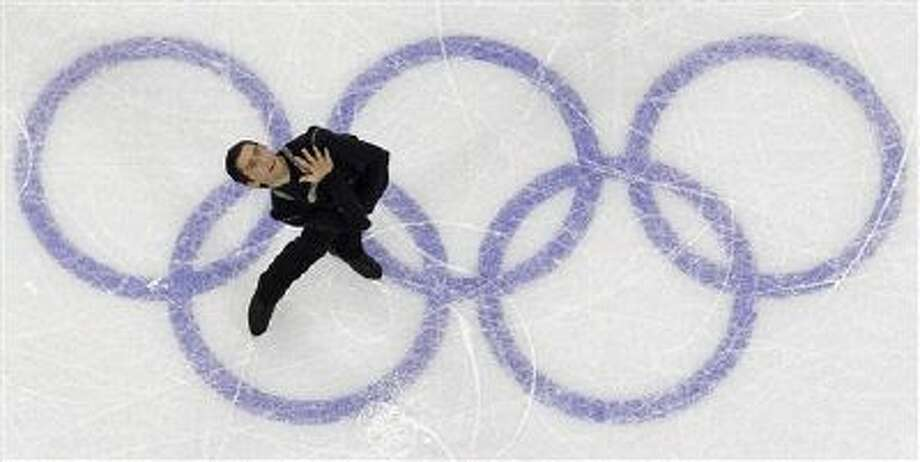 USA's Evan Lysacek performs his free program during the men's figure skating competition at the Vancouver 2010 Olympics in Vancouver, British Columbia, Thursday, Feb. 18, 2010. Photo: AP / AP2010
