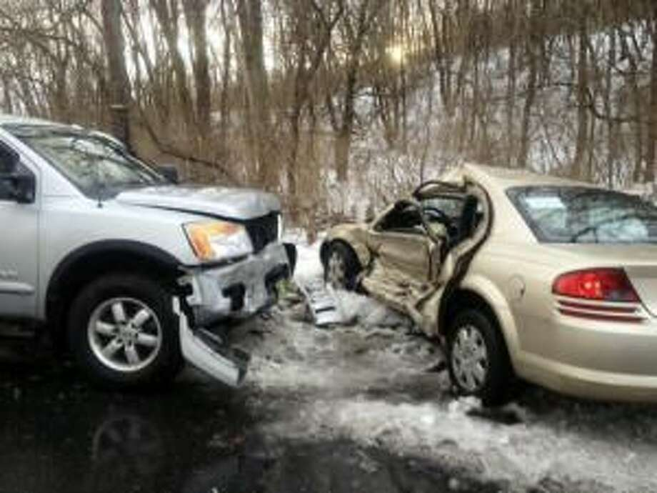 A 19-year-old, nine-month-pregnant Lebanon woman died after a crash Sunday afternoon.