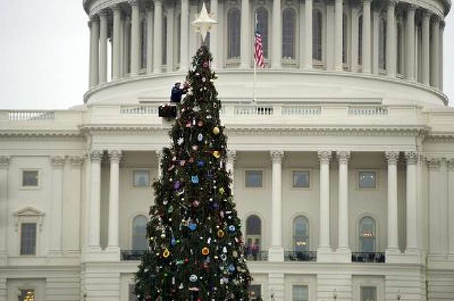 The Christmas tree in front of the US Capitol. Congress has a big deadline over the holidays to pass a farm bill. Photo: CQ-Roll Call,Inc. / © 2013 CQ Roll Call