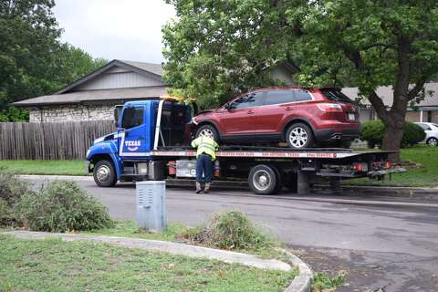 NEISD bus carrying 1 student pulls out in front of SUV - San