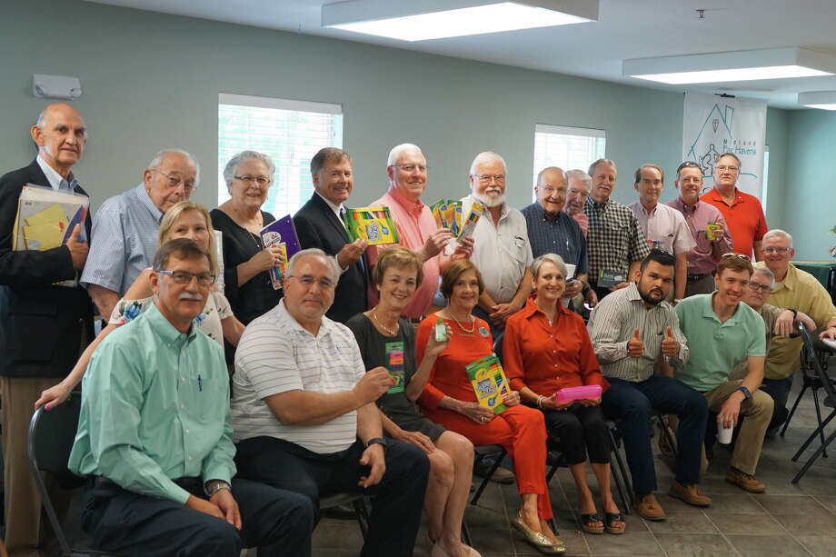 Rotary Club: Tom Hyde, top row from left, Dan Kallas, Martha Kallas, Gary Peterson Bob Bivens, Jim Choate, Frank Vitrano, Spencer Blocker, Charlie Jones, Roger Freidline, Jason Rand and Greg Ulvestad; and Tom Segulia, sitting from left, Linda Bradshaw, Jean Jones, Kay Bivens, Alice Freidline, Carlos Chavez, Lance Vasicek, Bill Shuey and Mark Williams Photo: Courtesy Photo