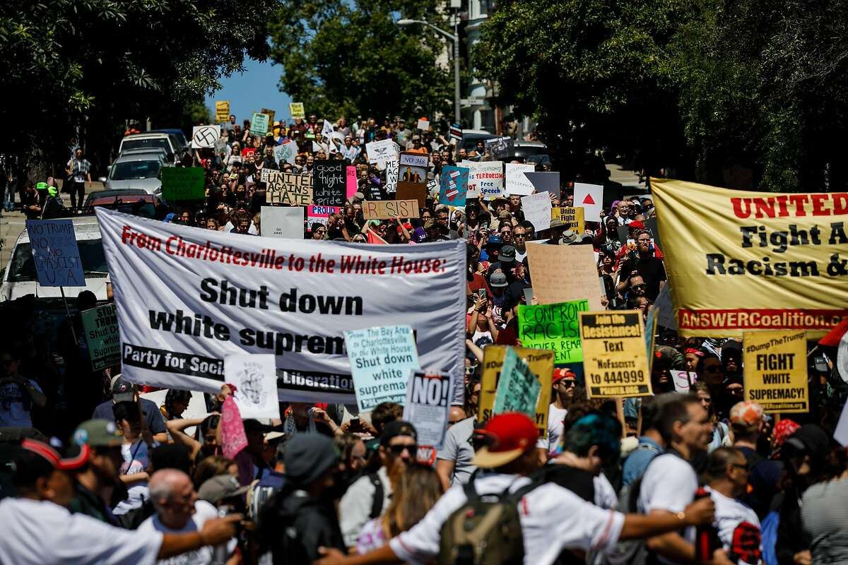 Protesters aligned against the planned Patriots Prayer rally, march towards the Mission district in San Francisco on Saturday, Aug. 26, 2017. (Marcus Yam/Los Angeles Times/TNS)