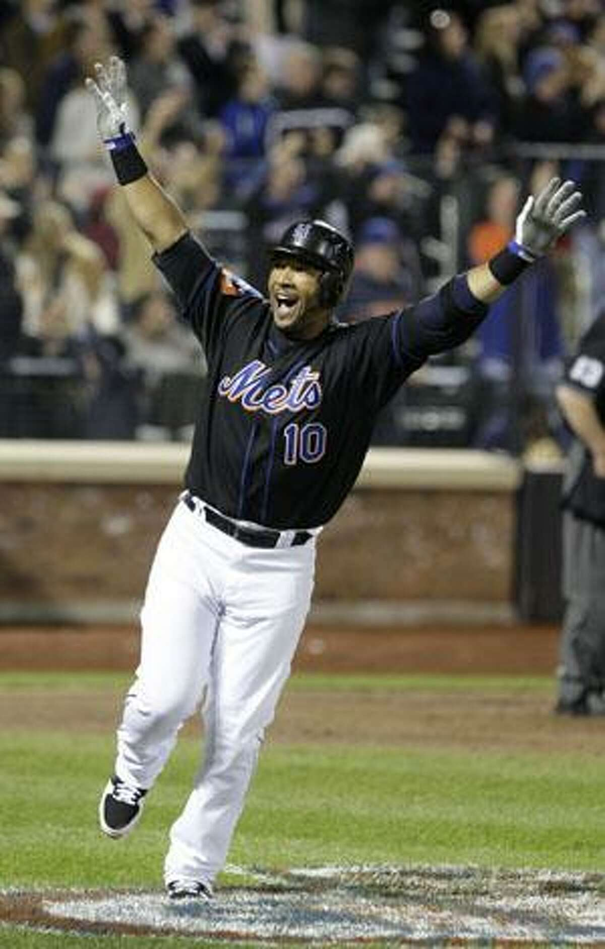 New York Mets' Gary Sheffield (10) reacts after hitting his 500th home run during the seventh inning of a game against the Milwaukee Brewers Friday in New York. (AP Photo/Frank Franklin II)