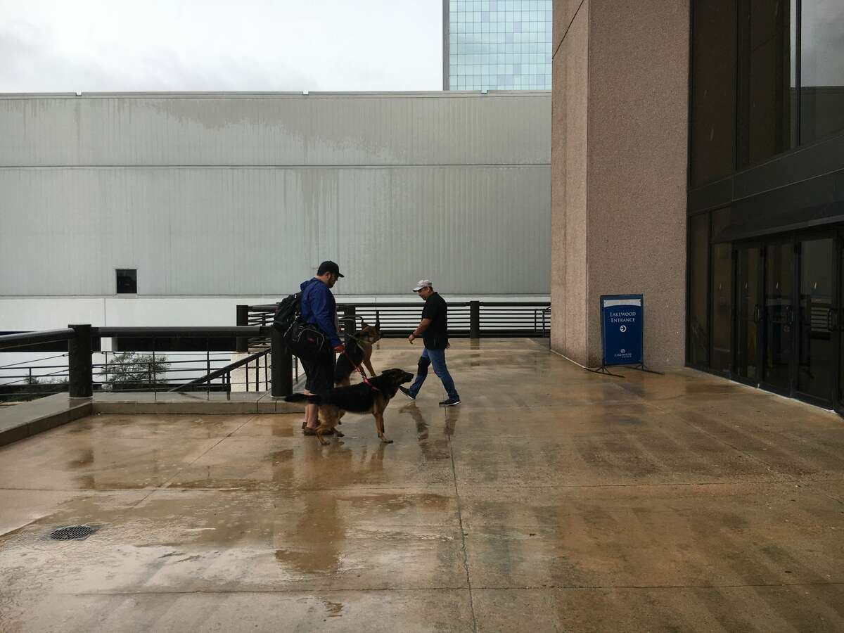 Lakewood Church has begun registering people seeking shelter from Tropical Storm Harvey Tue Tuesday morning following criticism online.