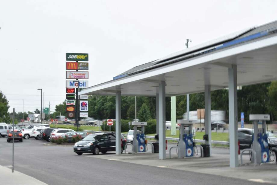 Plenty of pumps were available for Interstate 95 drivers passing through Darien, Conn., on Tuesday, Aug. 29, 2017. AAA said Tuesday that while Hurricane Harvey drove up prices in many parts of the nation, the Northeast had yet to see any impact with the possibility of an increase depending on the speed with which Texas refineries can recommence operations. Photo: Alexander Soule / Hearst Connecticut Media / Stamford Advocate