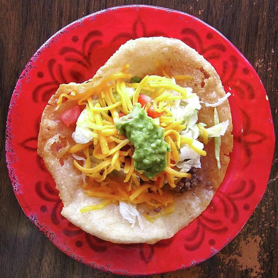 Beef puffy taco from Little Fish Factory. Photo: Mike Sutter /San Antonio Express-News