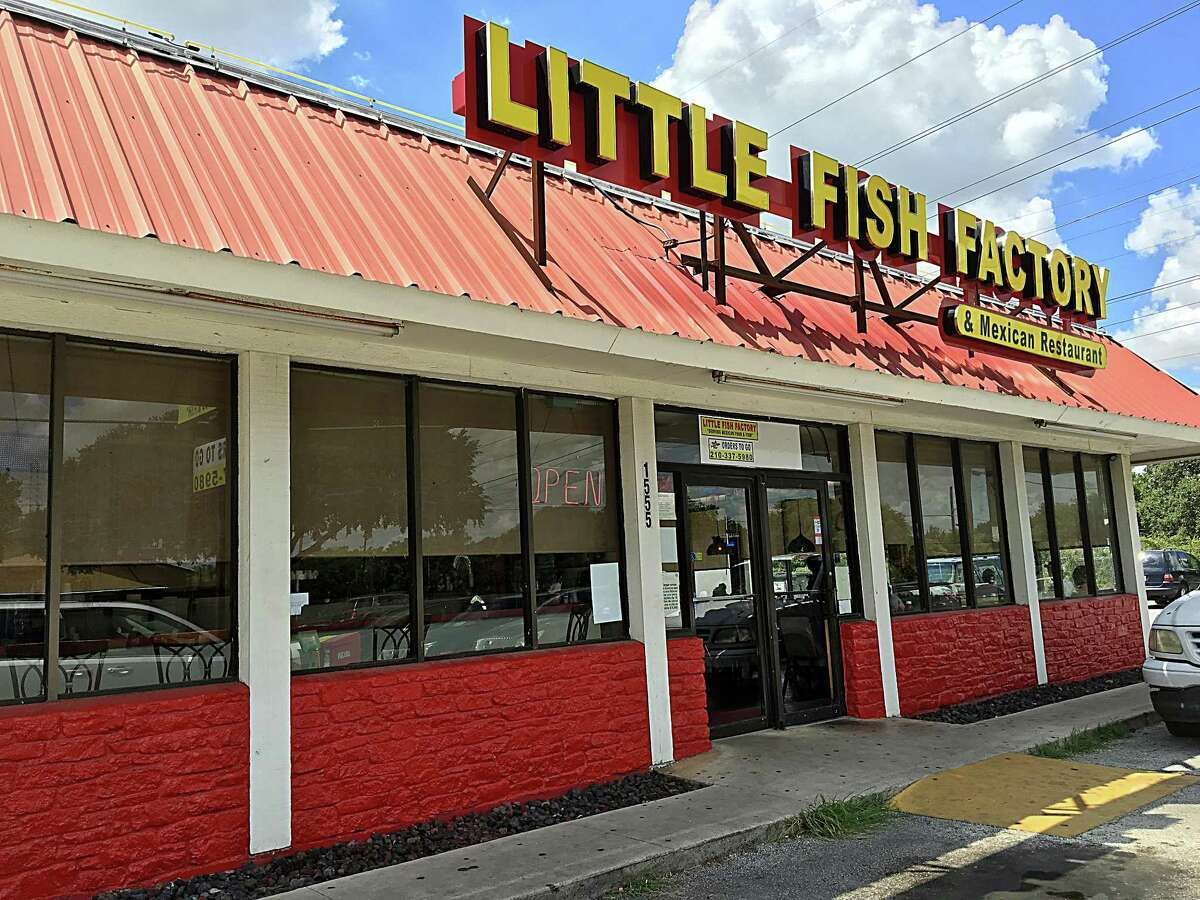 The Little Fish Factory: 1555 S. W.W. White RoadDate: 11/10/2020 Score: 87Highlights: Tortillas were stored in a thank you bag. There was no certified food handlers or manager on site. The walk-in cooler was not cold enough. Ceiling panels were damaged.