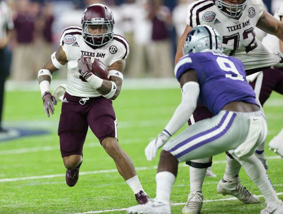 A product of C.E. King High School, running back Trayveon Williams (5) is coming off a season in which he became the first true freshman to rush for 1,000 yards at Texas A&M. Photo: Brett Coomer, Staff / © 2016 Houston Chronicle