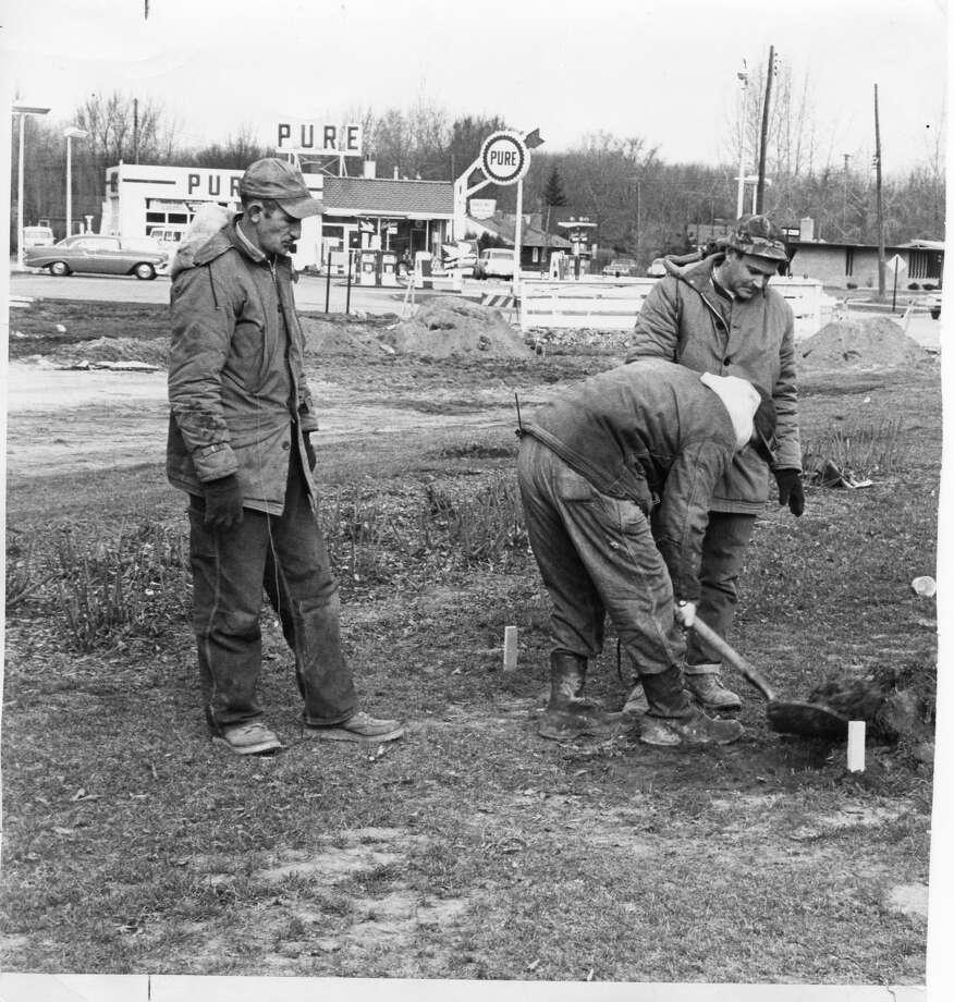 Circle construction. 1960s-1970s Photo: Daily News File Photo