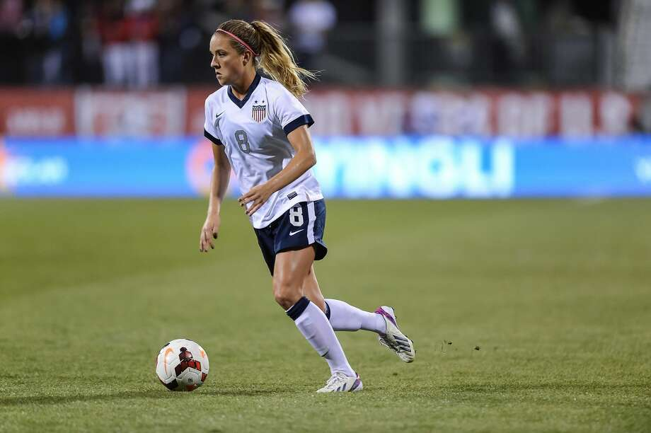 COLUMBUS, OH - OCTOBER 30:  Kristie Mewis #8 of the US Women's National Team in action against New Zealand at Columbus Crew Stadium on October 30, 2013 in Columbus, Ohio.  (Photo by Jamie Sabau/Getty Images) Photo: Jamie Sabau/Getty Images
