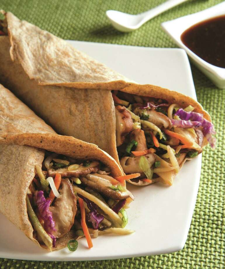 "Veggie Moo Shu Madness from ""Hungry Girl Clean & Hungry Obsessed!"" by Lisa Lillien. Photo: Courtesy St. Martin's Press"