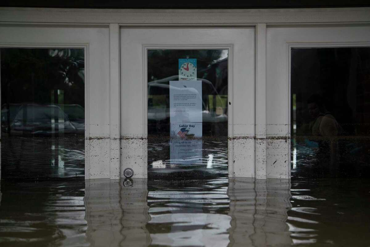 Bayou Parc at Oak Forest leasing office under water caused by the Tropical Storm Harvey, Sunday, Aug. 27, 2017, in Houston. ( Marie D. De Jesus / Houston Chronicle )