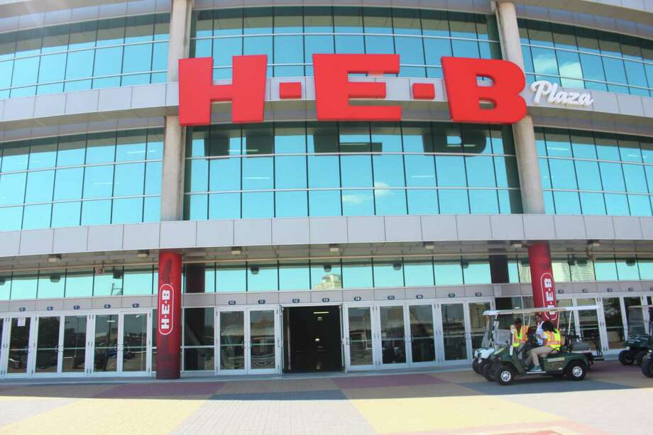 A ceremony Aug. 30 showed off the $60 million renovation of the Alamodome. Enhancements included the addition and transformation of H-E-B Plaza. Photo: Courtesy